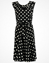Dorothy Perkins BILLIE AND BLOSSOM Sommarklänning black