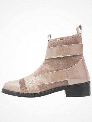 Shoeshibar BETTY Stövletter taupe