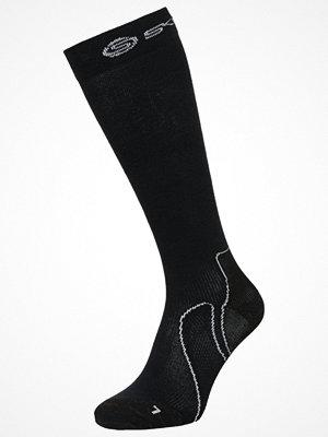 Strumpor - Skins ESSENTIALS RECOVERY Träningssockor black
