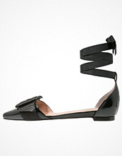 Ballerinaskor - Whistles AVALON  Ballerinas med remmar black