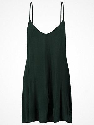 Lingadore ESSENTIALS CHEMISE LOW V BACK Nattlinne dark green