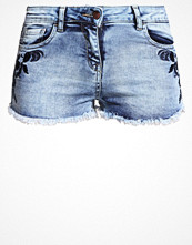 Shorts & kortbyxor - Missguided Jeansshorts bleach blue