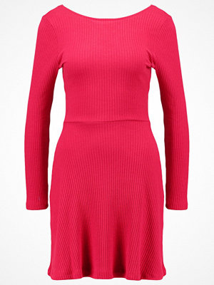 Topshop Jerseyklänning raspberry