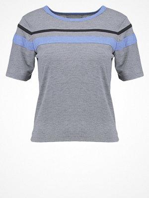 TWINTIP Tshirt med tryck light grey