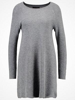 Only ONLNEW TESSA Stickad klänning light grey melange