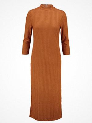 Vila VIJERSEY Jerseyklänning roasted pecan