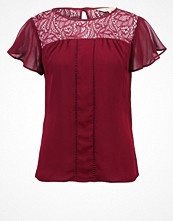 Blusar - Dorothy Perkins BILLIE AND BLOSSOM  Tshirt med tryck red