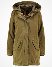Scotch & Soda Parkas army
