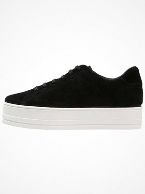 Even&Odd Sneakers black