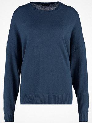 Sisley Stickad tröja till