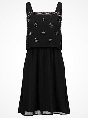 Even&Odd Cocktailklänning black