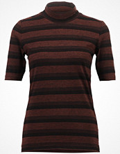 T-shirts - Object OBJSAM Tshirt med tryck copper brown
