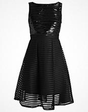 TFNC CHARLOTTE Cocktailklänning black