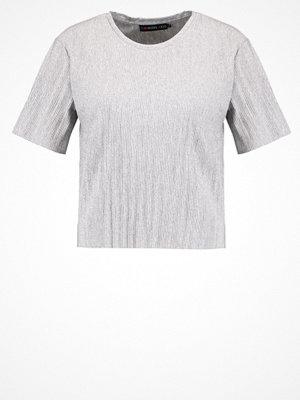 Even&Odd Tshirt med tryck grey