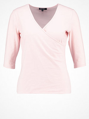 More & More Tshirt med tryck powder rose