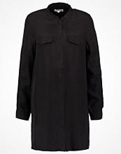 MOSS Copenhagen TIANA Skjorta black