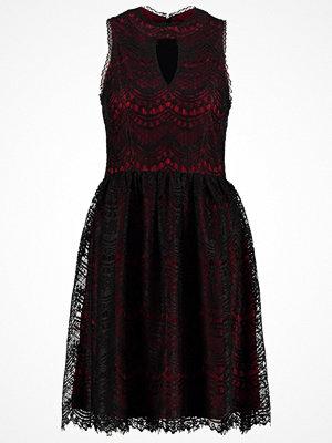 Anna Field Cocktailklänning pomegranate/black