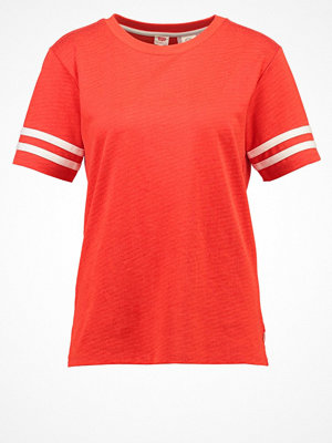 Levi's® Tshirt med tryck flame scarlet