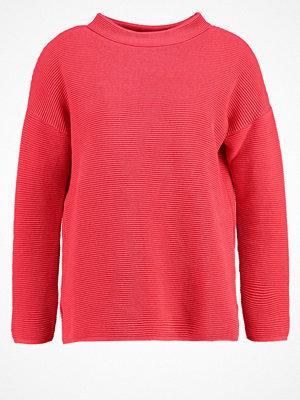 Wallis Stickad tröja coral