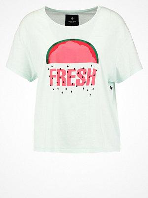 Saint Noir FRESH Tshirt med tryck pistachio