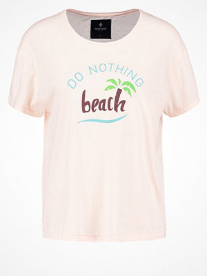 Saint Noir DO NOTHING Tshirt med tryck light pink