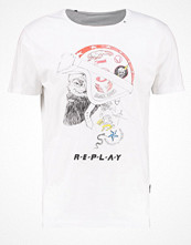 T-shirts - Replay Tshirt med tryck optical white