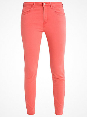 Wrangler Jeans Skinny Fit spiced coral