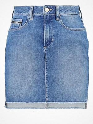 Calvin Klein Jeans HIGH LOW FRACTION UNIVERSE Jeanskjol blue denim