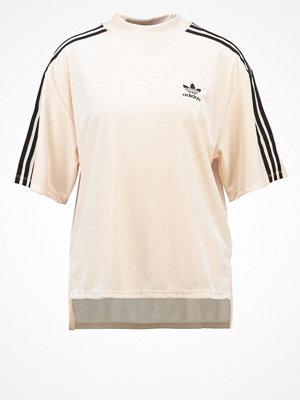 Adidas Originals BRKLYN HEIGHT  Tshirt med tryck beige