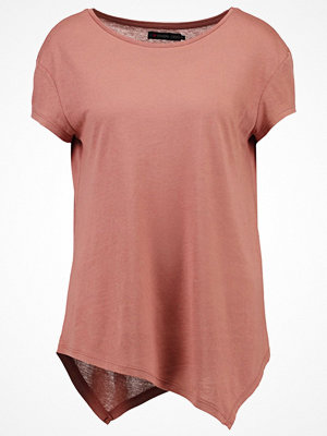 Even&Odd Tshirt med tryck rose