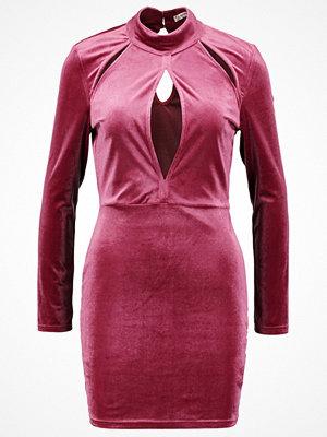 Glamorous Jerseyklänning raspberry