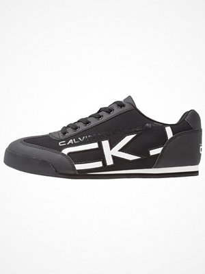 Calvin Klein Jeans CALE Sneakers black/white
