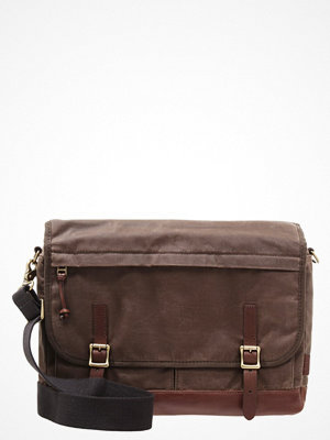 Väskor & bags - Fossil DEFENDER Axelremsväska brown