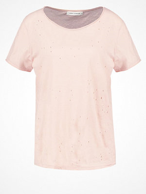 Sofie Schnoor Tshirt med tryck cameo rose