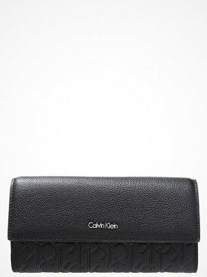 Plånböcker - Calvin Klein MISHA Plånbok black