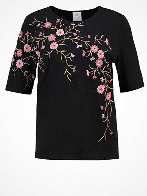Culture KATIA Tshirt med tryck black