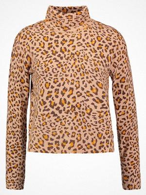 Topshop LOFTY ANIMAL Stickad tröja camel
