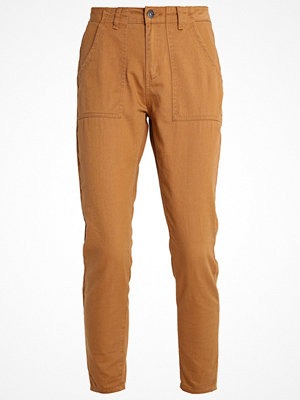 TWINTIP Tygbyxor brown