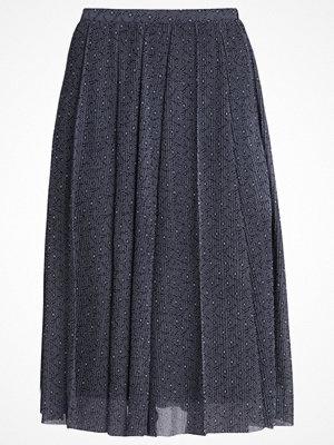 Anna Field Veckad kjol peacoat