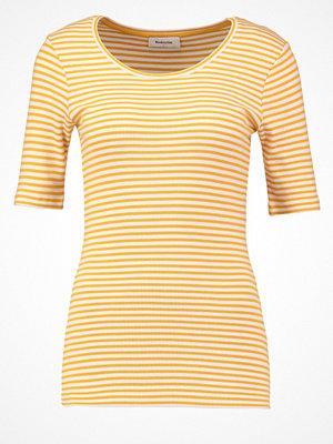 Modström KROWN Tshirt med tryck honey/porcelain