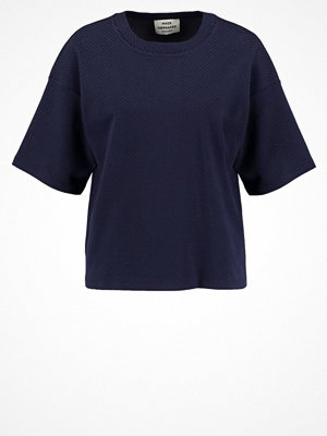 Mads Nørgaard TUTTI Tshirt med tryck navy