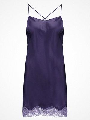 Nattlinnen - Triumph Nattlinne purple
