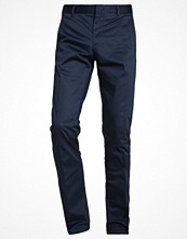 Byxor - Calvin Klein PIPER SLIM FIT Chinos blue