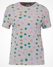 Noisy May NMJOLANDER  Tshirt med tryck light grey melange