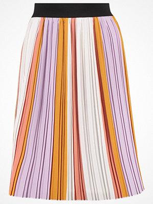 Kjolar - Soaked in Luxury TROYA  Veckad kjol purple