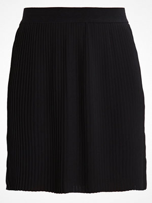 Only ONLNIBU Veckad kjol black