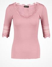 Rosemunde Tshirt med tryck wood rose