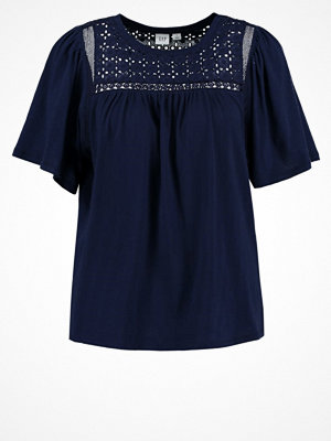 GAP Tshirt med tryck navy uniform