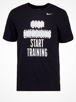 Sportkläder - Nike Performance Tshirt med tryck black