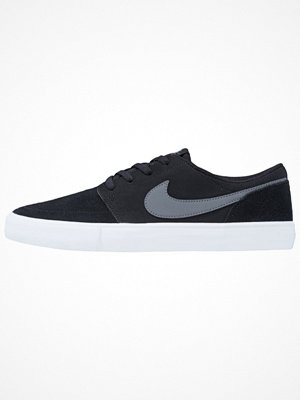 Nike Sb SOLARSOFT PORTMORE II Sneakers black/dark grey/white